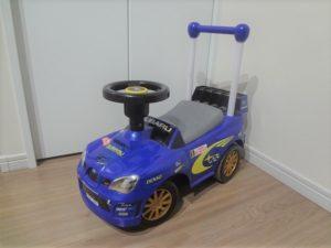 子どもの乗用玩具。床が傷だらけなんてことも・・